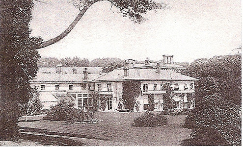 1885 photograph of Merstham House, Quality Street, Merstham, seat of the Jolliffe family